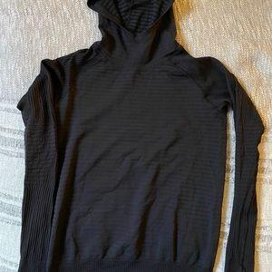 Lululemon Thermal Hoodie Long sleeve size 6 Black